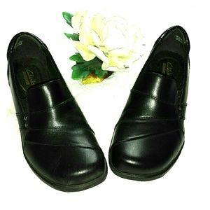 Clarks Black Slip on Leather Loafer